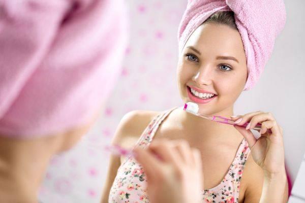 как почистить зубы правильно