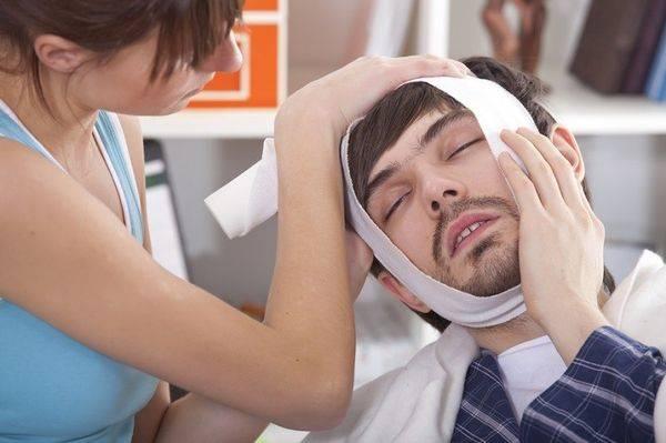 Болит зуб причины